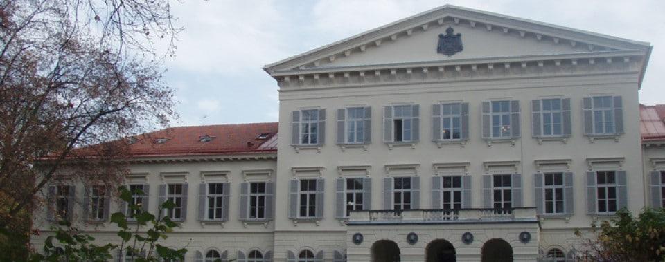 Altbau Palais Meran