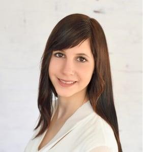 Bianca Maier, Sekretärin bei der Frima Griess.